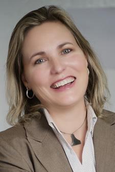 Fiona Van Leeuwen
